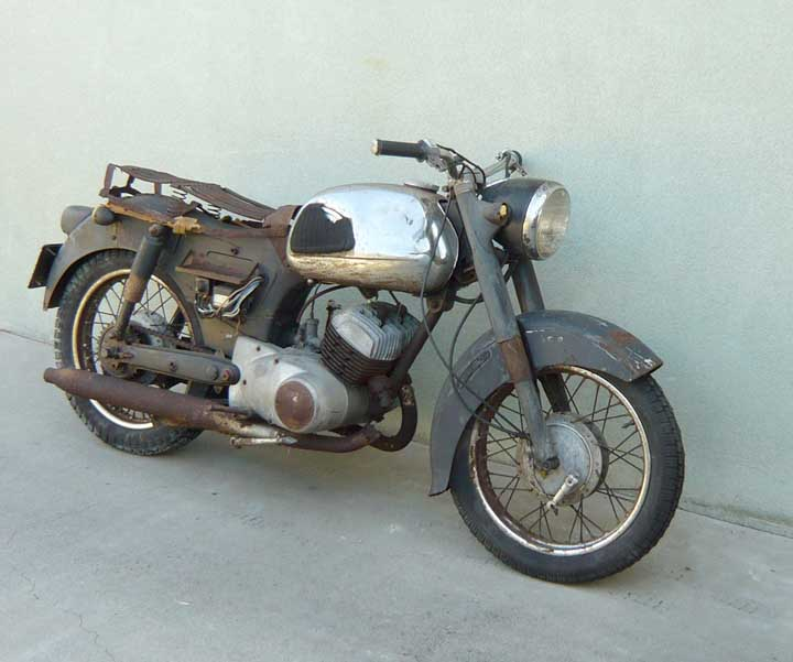 1959 Yamaha YD2 250cc Motorcycle for Sale